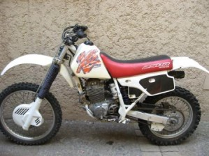 Vendo Moto Honda XR 250 1995 (pistoón, anillos, rectificado, tapiz, nuevos)