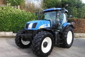 New holland t6070 ano: 2009 modelo: tractor a ruedas números de horas: