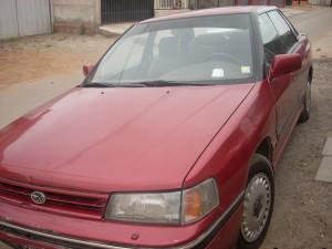 subaru legacy sedan rojo1.8 mecanico. 1991 permisos al dia
