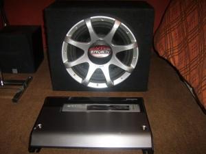 Amplificador SONY XM-GTR2022 2/1 (1.200W) + SUBW 12 PULGADAS VTI