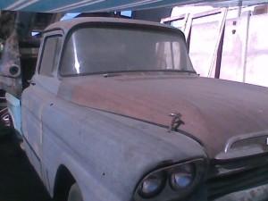 vendo camioneta antigua