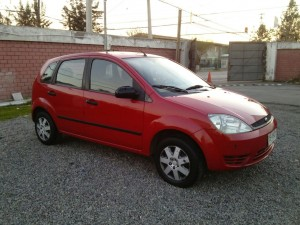 Vendo ford fiesta first año 2005 impecable