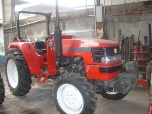 venta de tractores, maquinaria agricola, rastras, arados, enfardadora